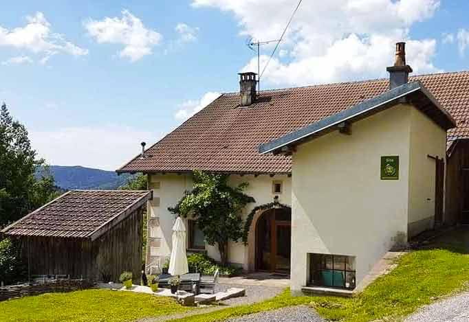 Vue extérieure gîte à la ferme Vosges